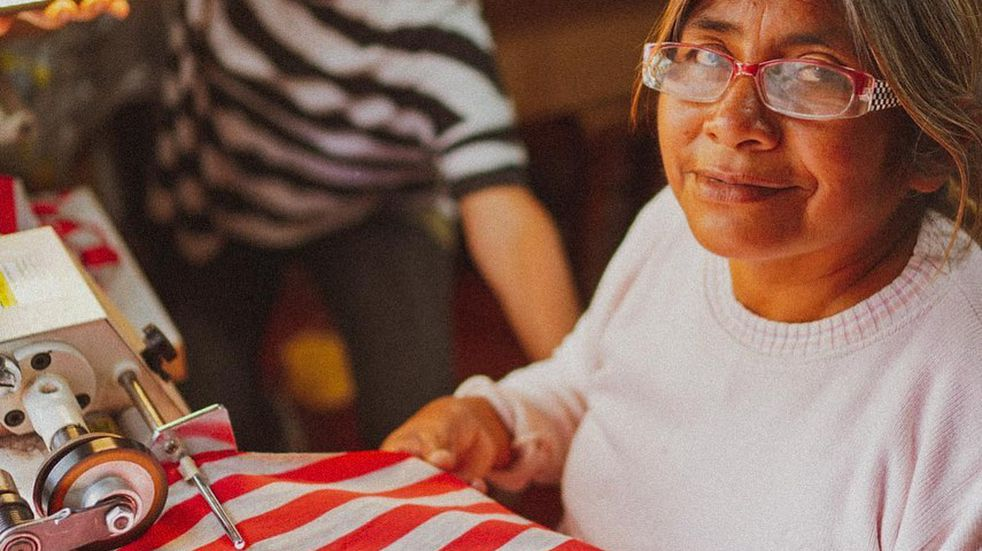 "La textil wichí ""Lhaka"" fue premiada por una revista londinense"
