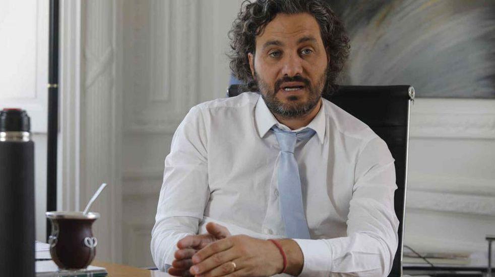 """Santiago Cafiero enfatizó que siguen """"negociando con proveedores de vacunas para cerrar acuerdos"""""""