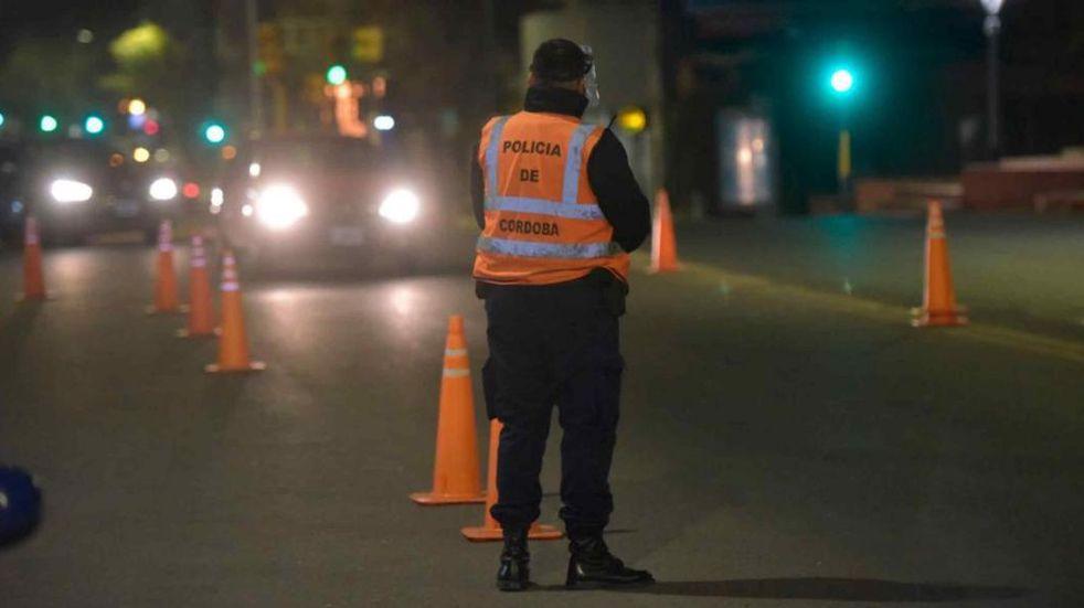 Coronavirus en Córdoba: continúan suspendidas las reuniones sociales y familiares