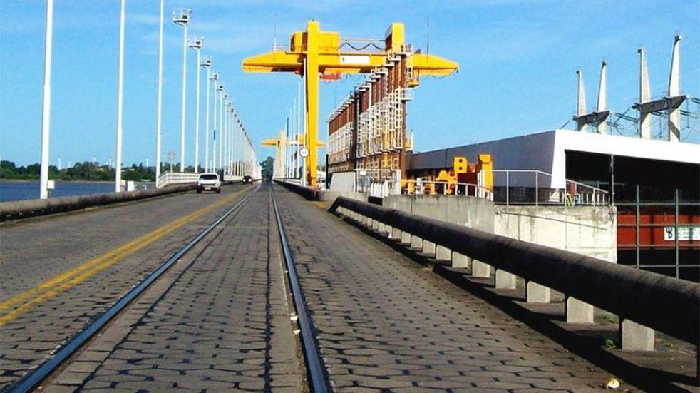 Voces a favor y en contra por la re apertura del puente Concordia-Salto