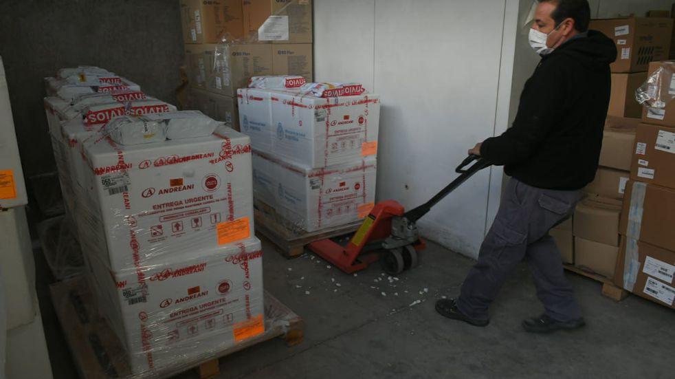 Arribaron a Mendoza 29.400 dosis de la vacuna Sputnik V