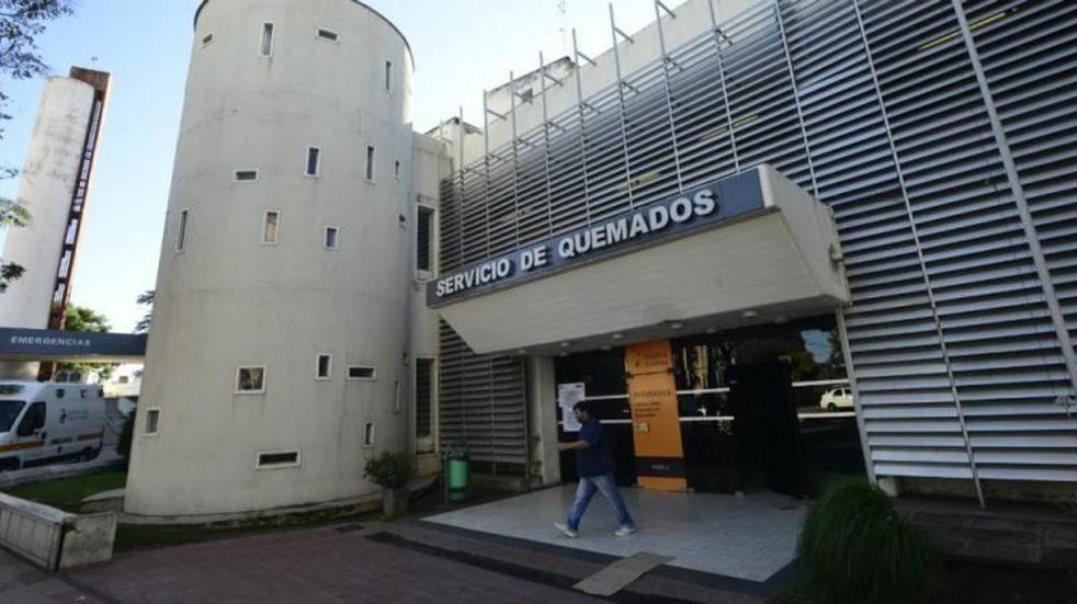 Nuevo femicidio en Córdoba: la mujer estaba internada y detuvieron a su pareja, un policía