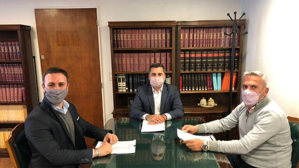 El rector de la UNCAUS busca mejorar el sistema de gestión de expedientes judiciales