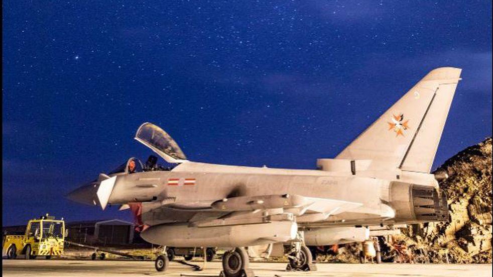 Malvinas: los pilotos británicos se adiestrarán en vuelos de alta velocidad como en vuelos de búsqueda y rescate