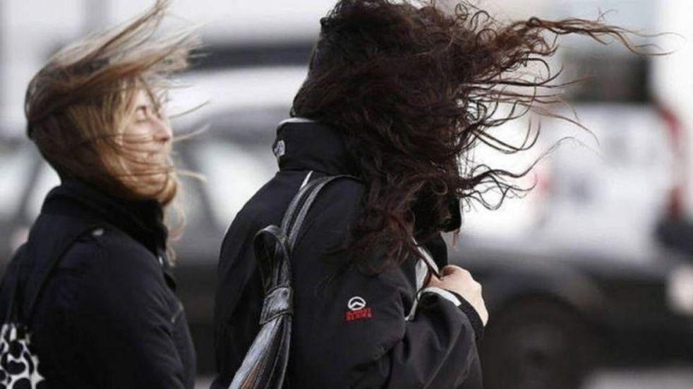 Alertan por vientos fuertes en Córdoba