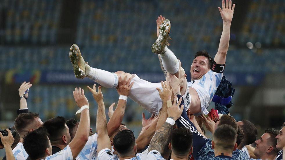 Lionel Messi llegó a Miami y sus fanáticos no lo dejaron tomar un café