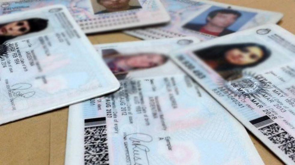 Sólo fueron retirados 10 documentos de los 500 que hay en Comodoro