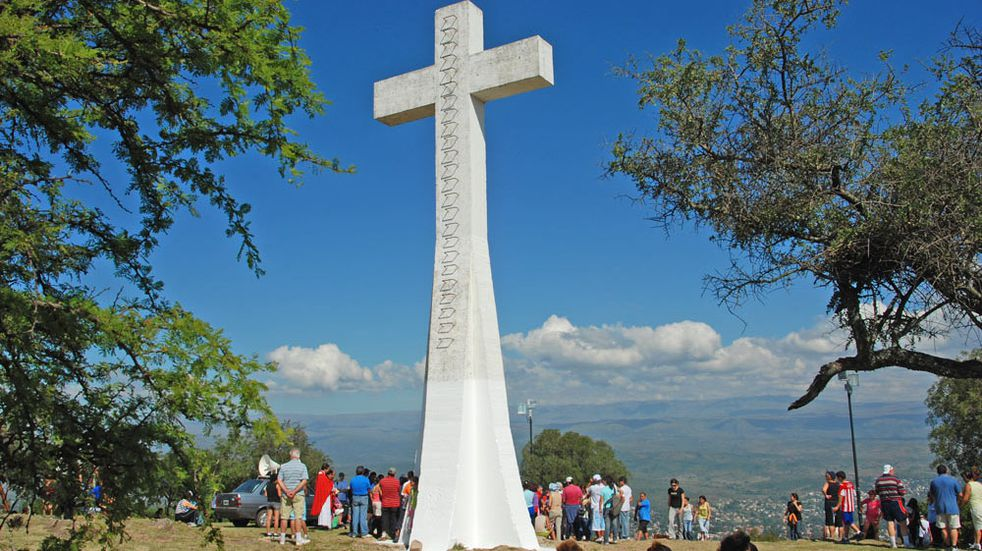 Cerro de la Cruz, Villa Carlos Paz. Valle de Punilla.