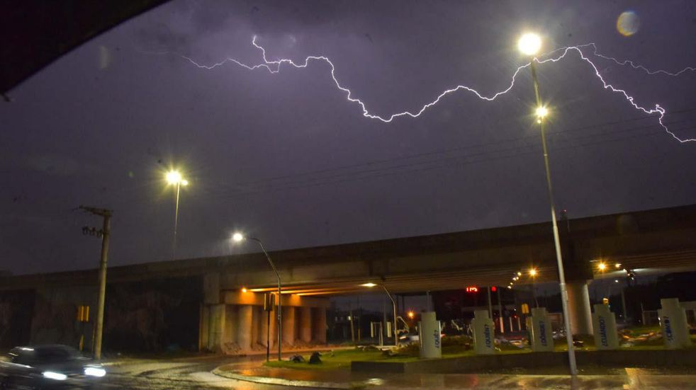 Alerta amarilla y avisos a muy corto plazo por tormentas fuertes para Córdoba