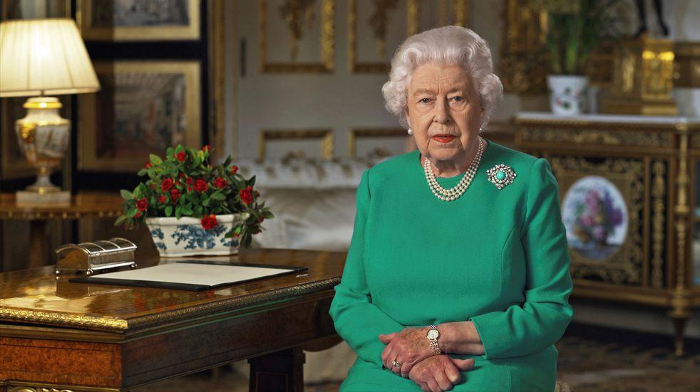 """Harry y Meghan: la reina Isabel II prometió tomar """"muy en serio"""" las acusaciones de racismo"""