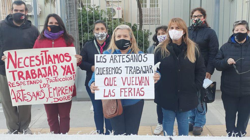 Artesanos de Resistencia piden ser habilitados para trabajar