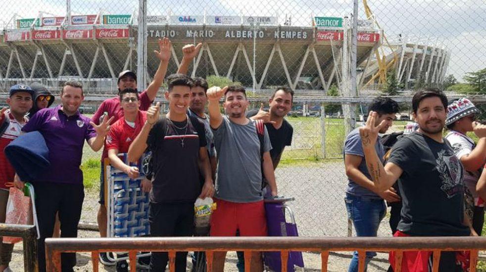 Arrancó la venta de entradas presencial para River-Estudiantes (BA)