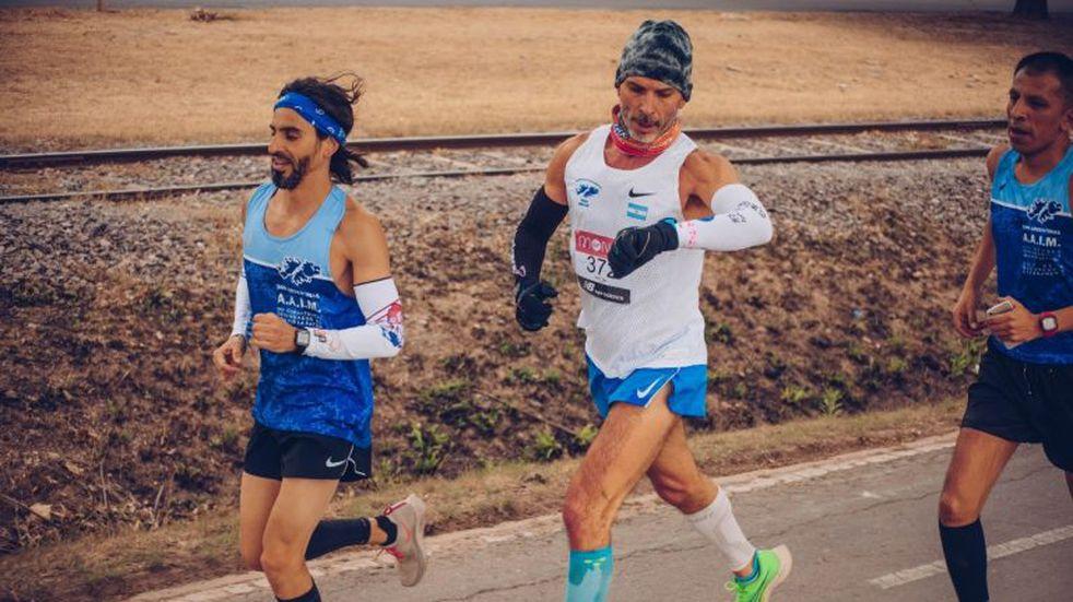 Destacaron la participación de Marcelo Cossar en Maratón de Londres