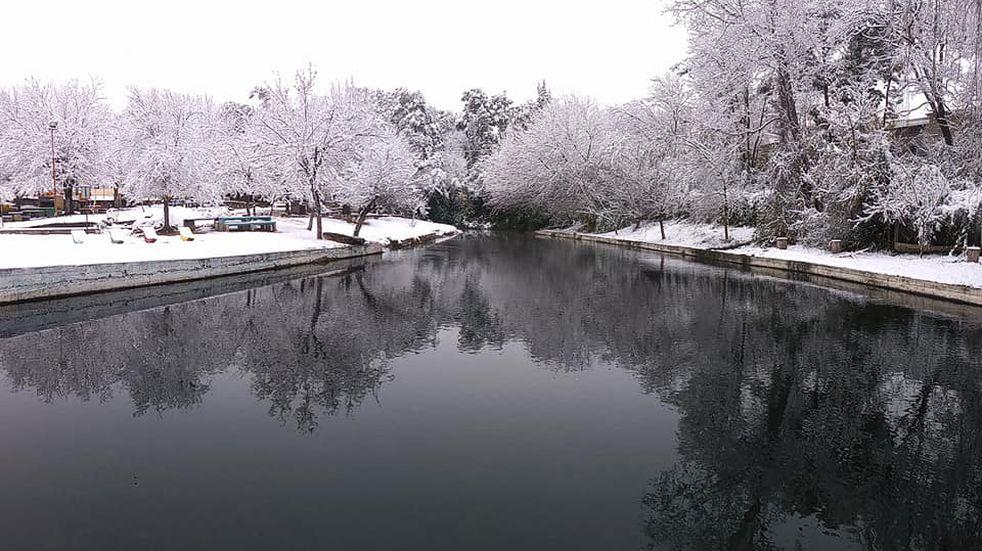 """Punilla """"de blanco"""": imágenes imperdibles de la impresionante nevada en las sierras cordobesas"""