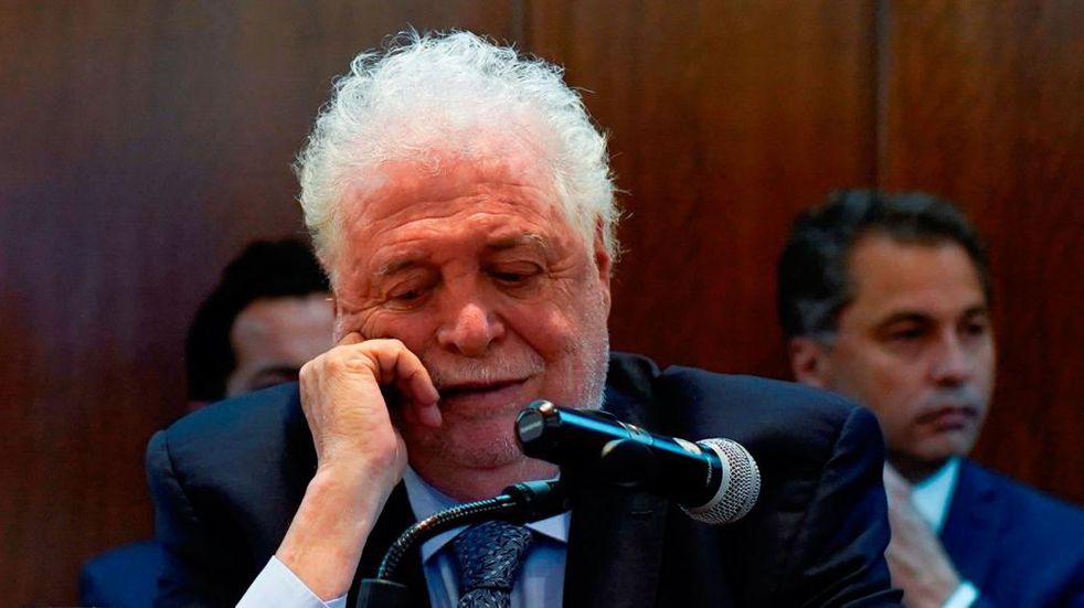 Ginés González García fue increpado por pasajeros al volver de España