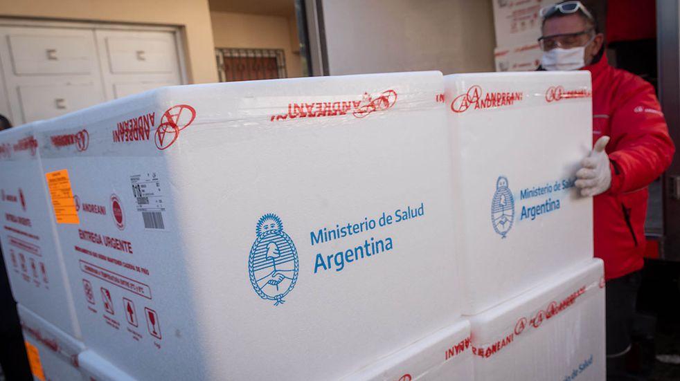 Llegó otro vuelo con vacunas Sinopharm y ya son dos millones de dosis nuevas esta semana