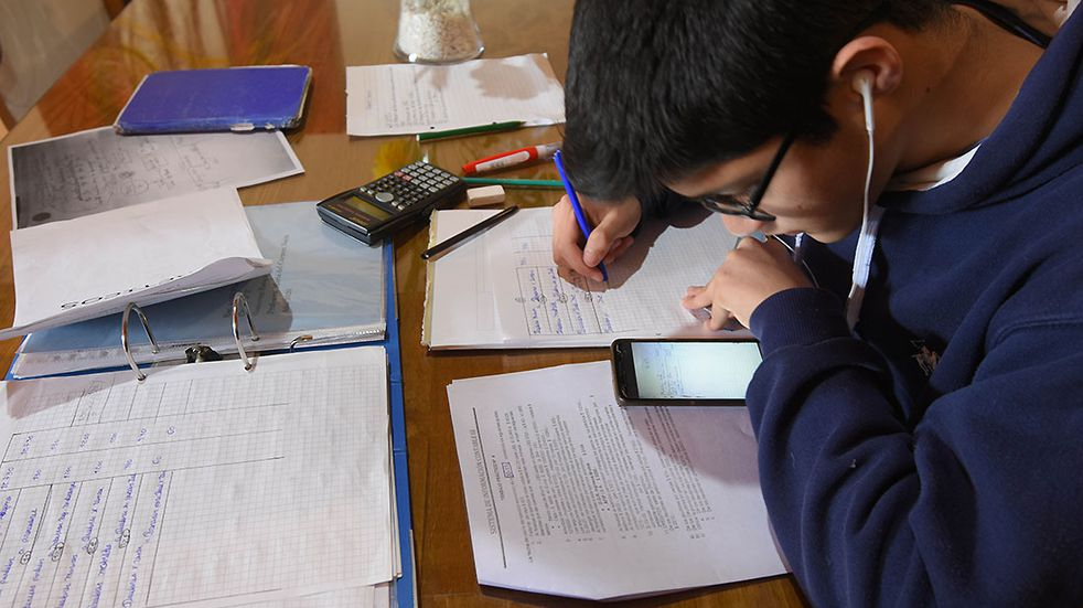 Acompañamiento a estudiantes sin conectividad