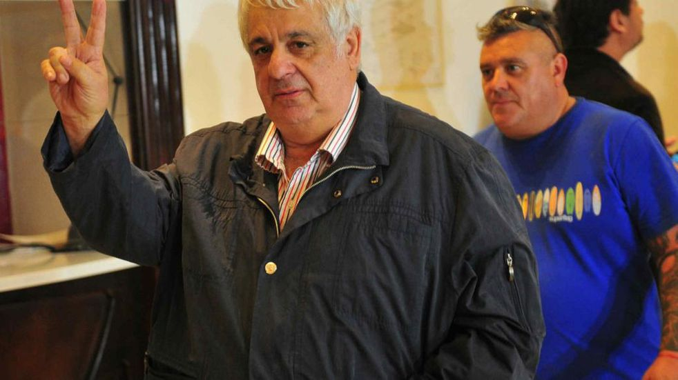 Tras el escrache en una parrilla, piden que se le revoquen la prisión domiciliaria y las salidas laborales a Alberto Samid