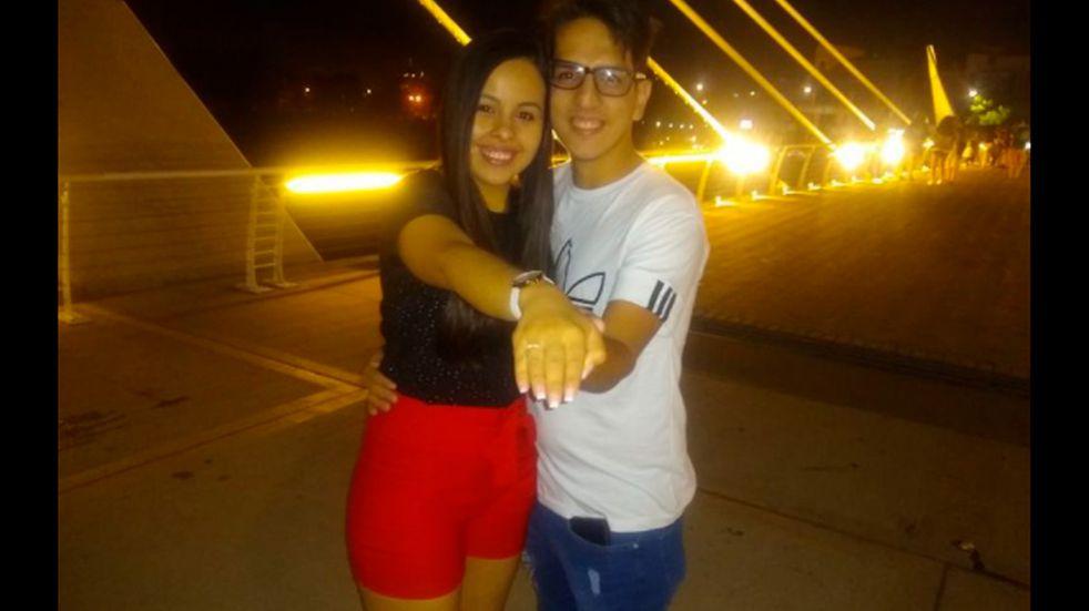 Le propusieron casamiento en el Puente Centenario de Carlos Paz