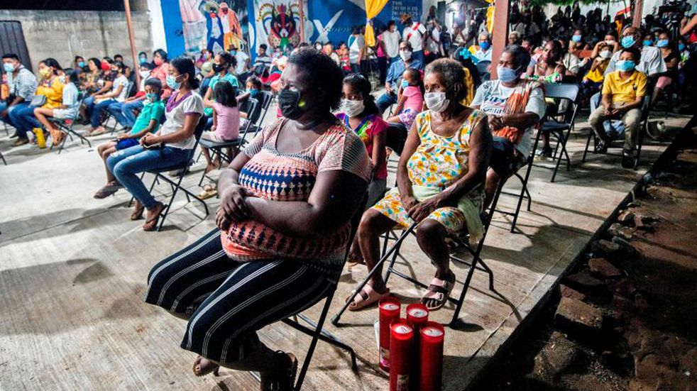 Members of the Afro-Mexican community take part in the annual festival dedicated to San Nicolas Tolentino, in Cuajinicuilapa, Guerrero state, Mexico, on September 9, 2020, amid the COVID-19 coronavirus pandemic. - Although there are 1,5 million African descendants in a country of 128 million inhabitants, it is normal to hear that \