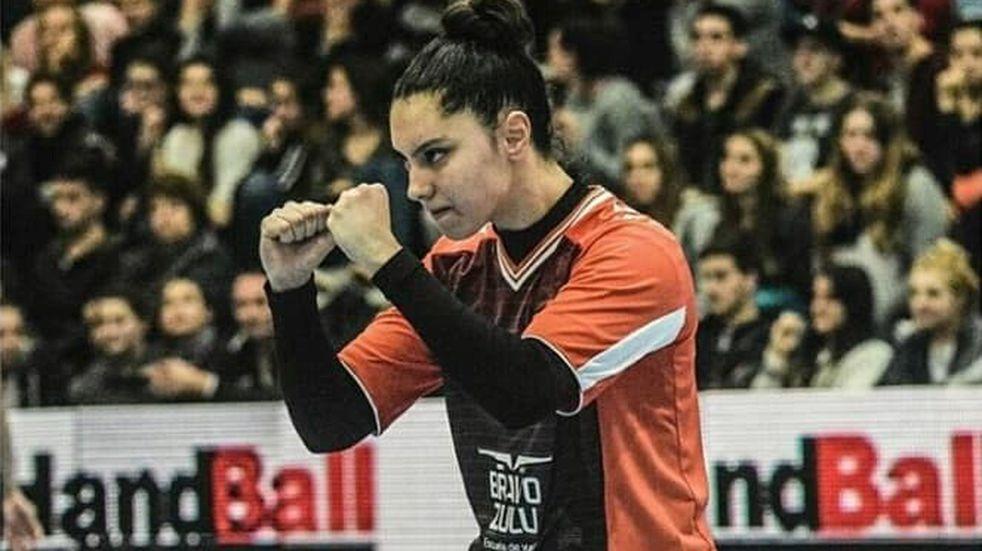 La esquelense Luciana Codesal, partió hacia  España  con el  Seleccionado Argentino