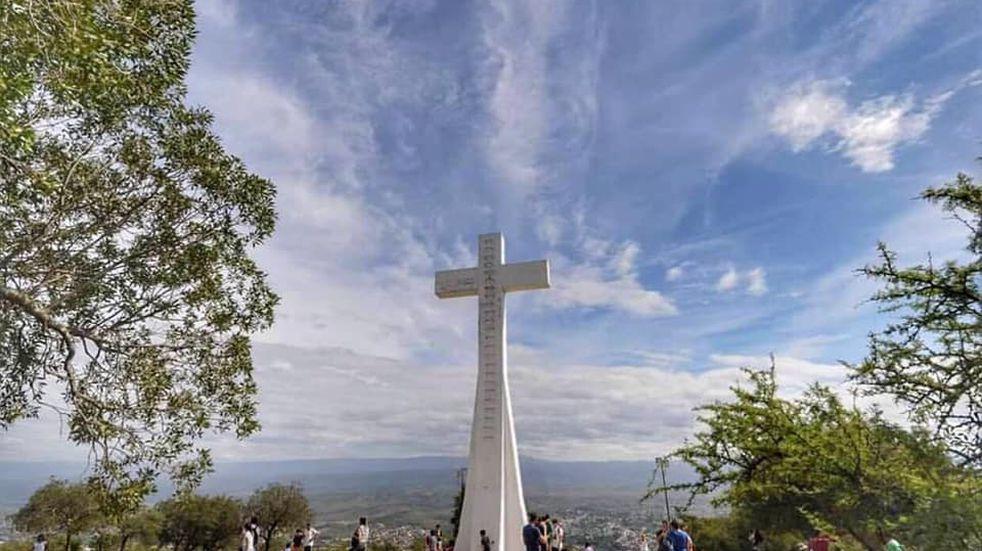 Semana Santa en Carlos Paz: nuevo horario de ascenso al Cerro La Cruz y sin visitas guiadas