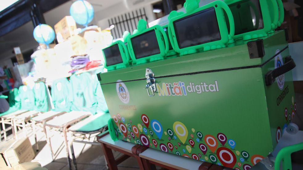 La Justicia provincial ordenó a un área del ministerio de Educación proveer equipos informáticos a dos niños
