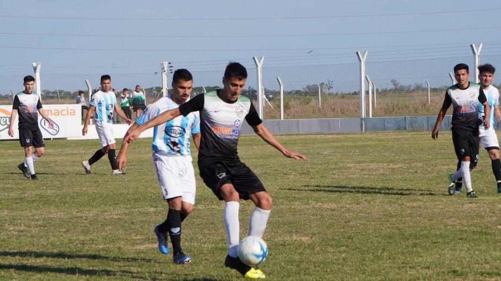 Futbol Deportivo y Cultural Arroyito