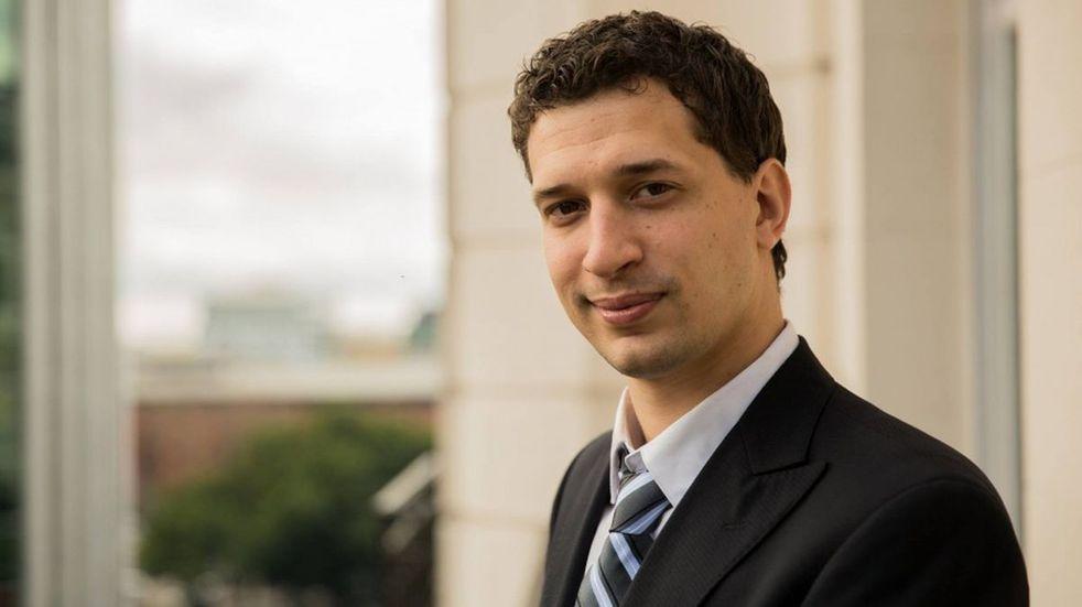 PASO 2021: Yamil Santoro hizo la denuncia por las fajas rotas en la urna de Alberto Fernández