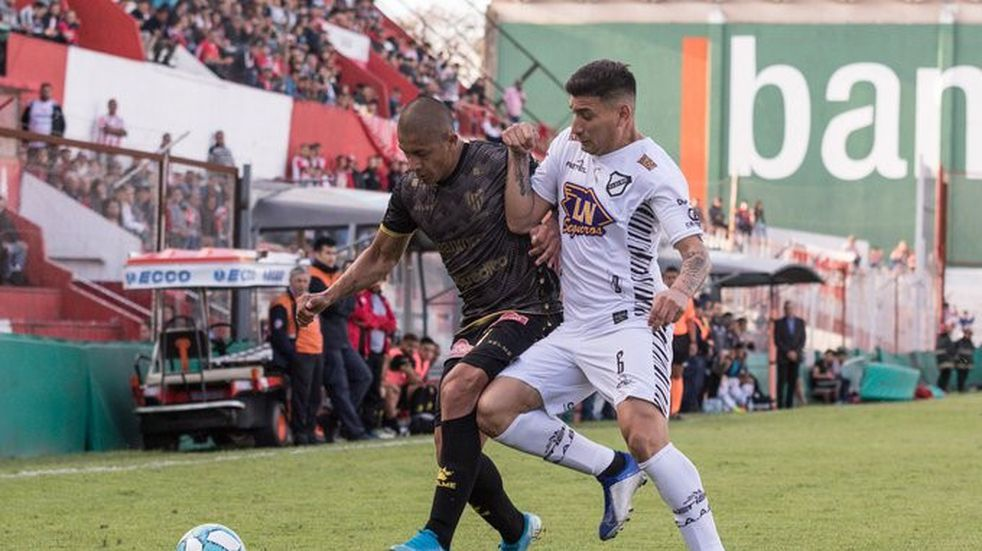 """Zabala lamentó que se escaparon dos puntos: """"Fueron 90 minutos para tratar de ganarlo"""""""