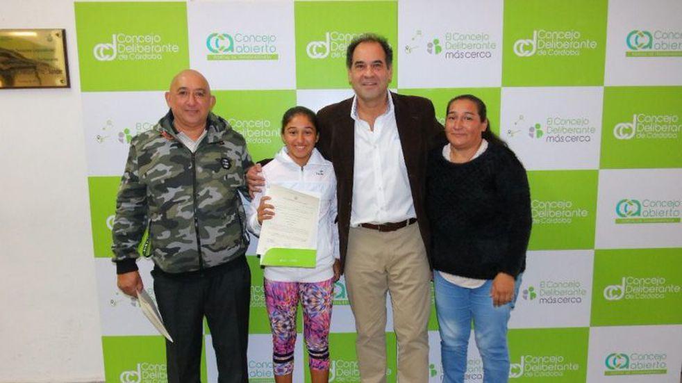 Distinguen a la tenista cordobesa número uno en la Argentina