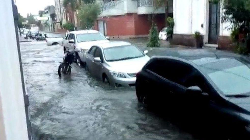Comenzó el temporal en Corrientes: inundaciones en Capital y el Interior