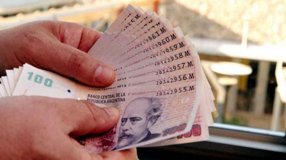Morales anunció pago de bono de 4.000 pesos a los estatales jujeños