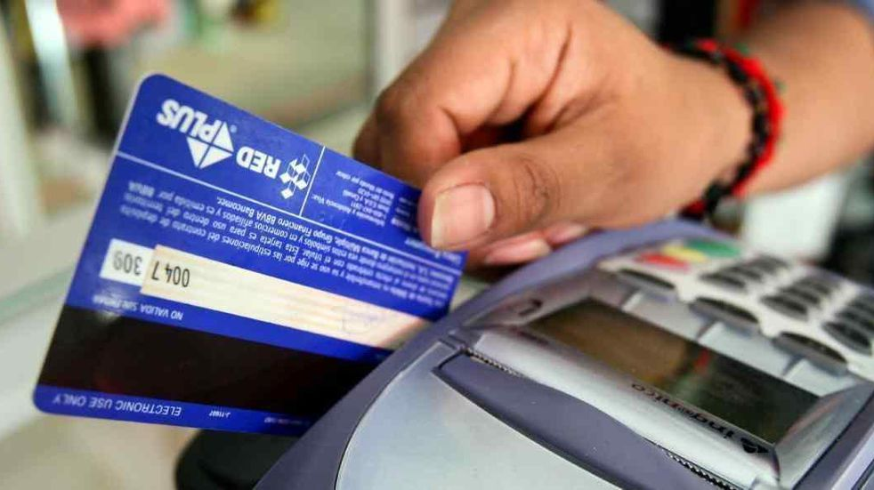En julio cayeron las ventas con tarjetas de crédito