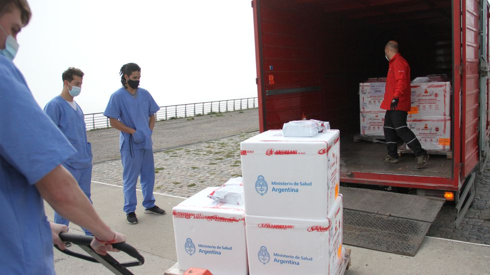 Santa Fe recibió un cargamento de 29.200 vacunas Sinopharm
