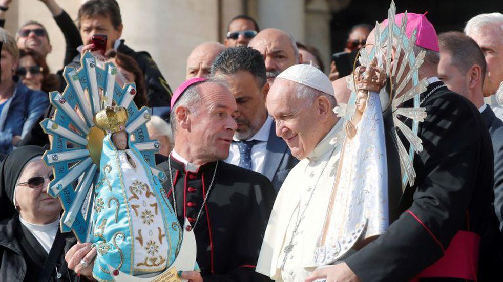 El papa bendijo la entrega de la Virgen de Luján que fue llevada a Malvinas