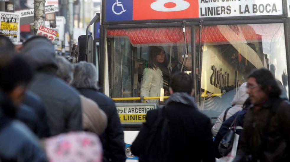 Transporte público gratuito en las PASO 2021: con qué frecuencia funcionarán colectivos y trenes