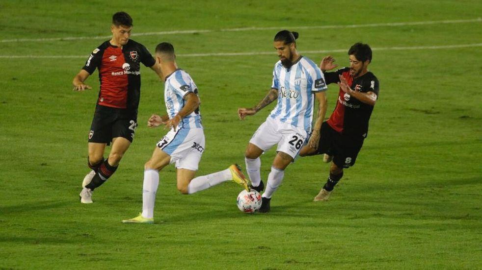 En un partidazo Atlético Tucumán y Newell´s empataron 2 a 2