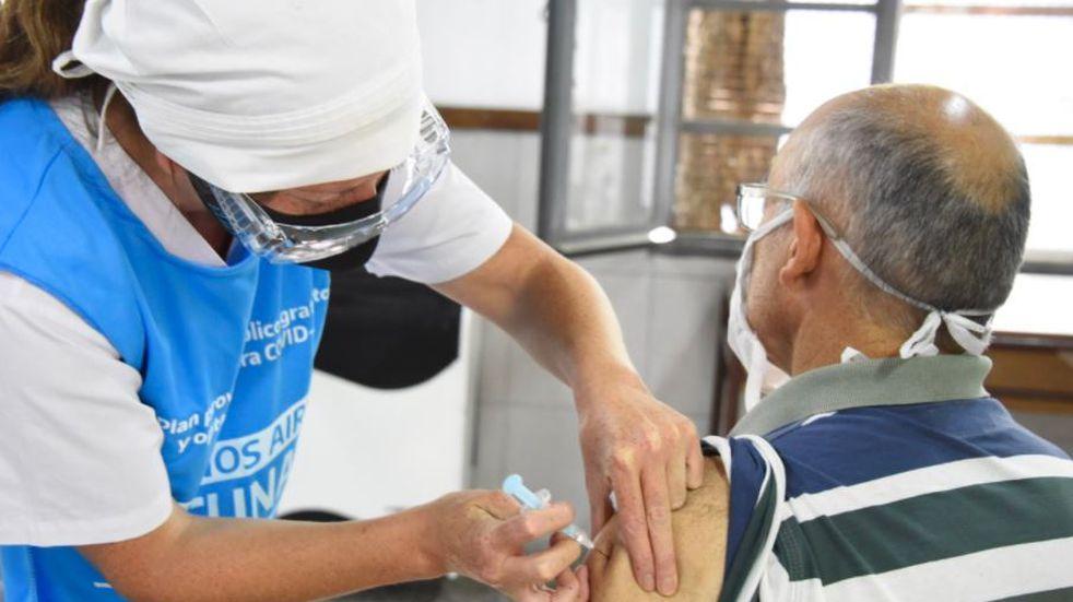 Coronavirus: preocupación en el Gran Buenos Aires por la gente que aún no se inscribió para vacunarse