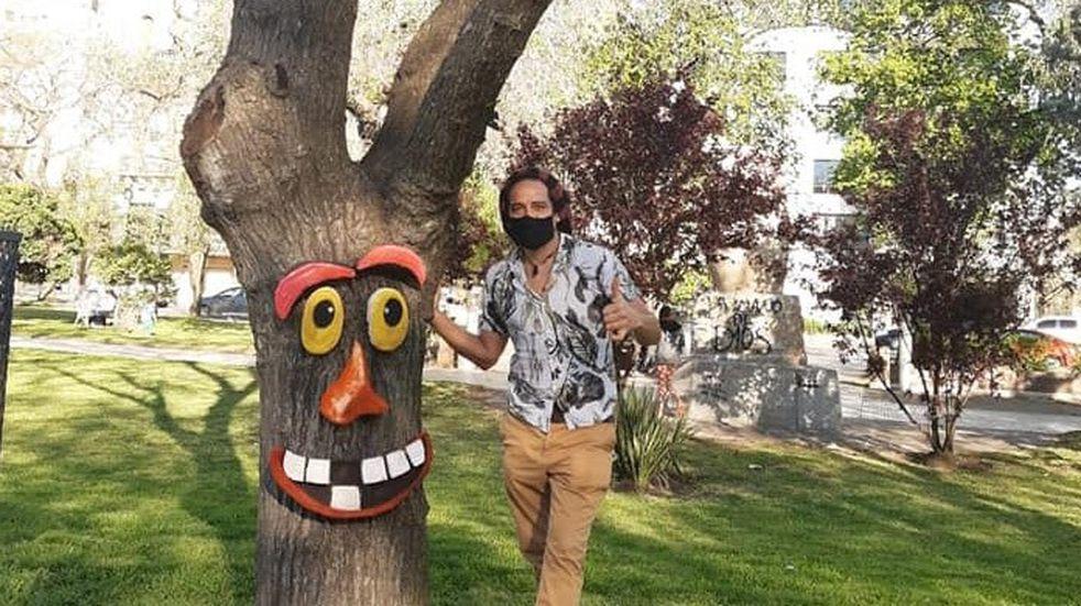 Intervienen árboles en la Plaza San Martín para generar conciencia ambiental
