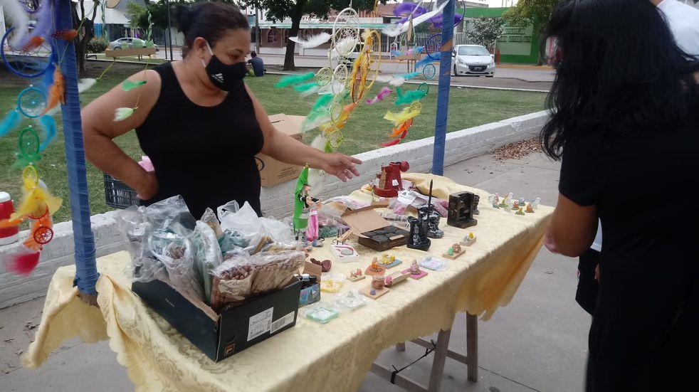 Artesanos de Santa Fe juntan firmas para que las nuevas restricciones involucren a su trabajo