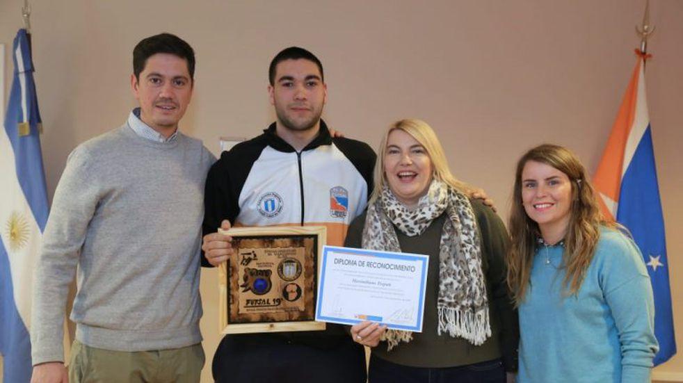 Bertone recibió a la selección Sub 20 de Futsal CAFS de Río Grande