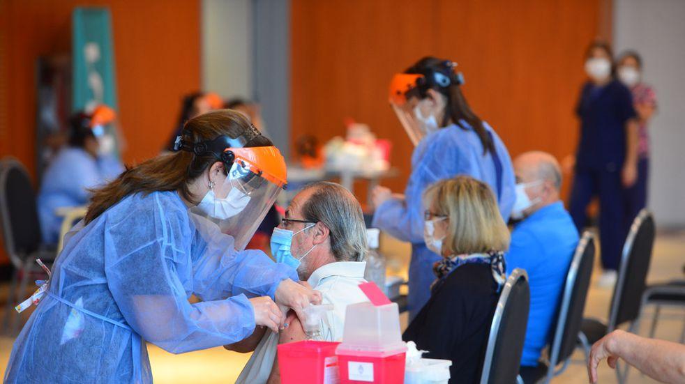 Ya se vacunaron más de 585.000 personas contra el coronavirus en Córdoba