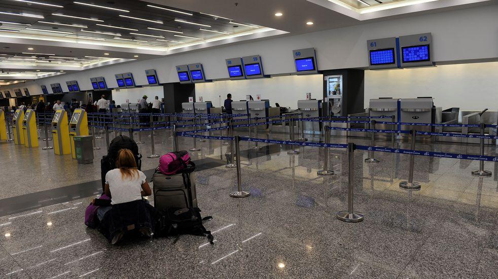 Aerolíneas iniciaron medidas de fuerza: se producen demoras, interrupciones y cancelaciones