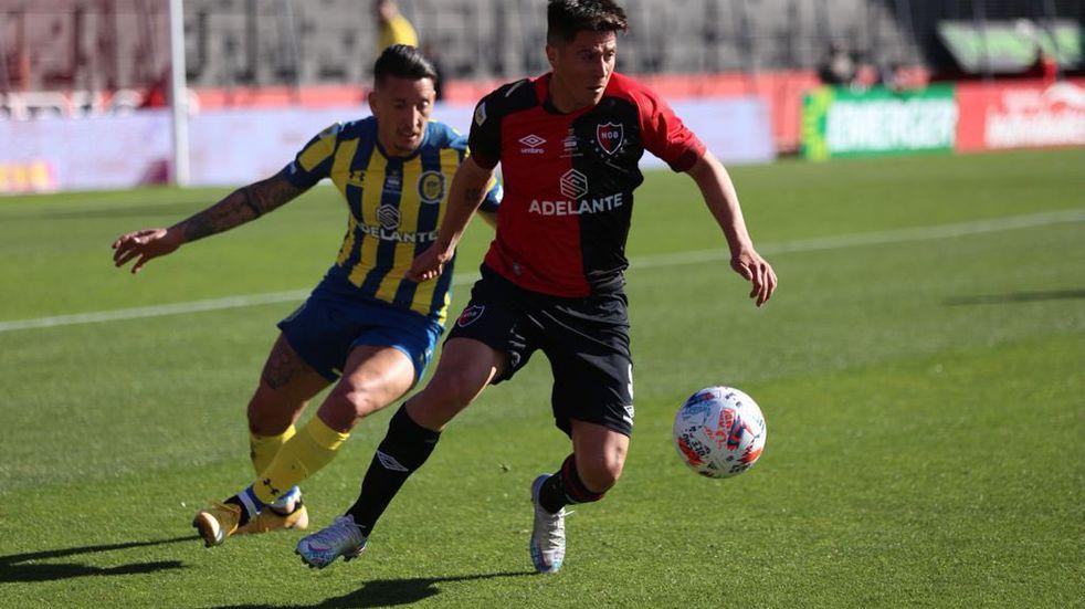 Damián Martínez conquistó el gol auriazul en un tiro de esquina.