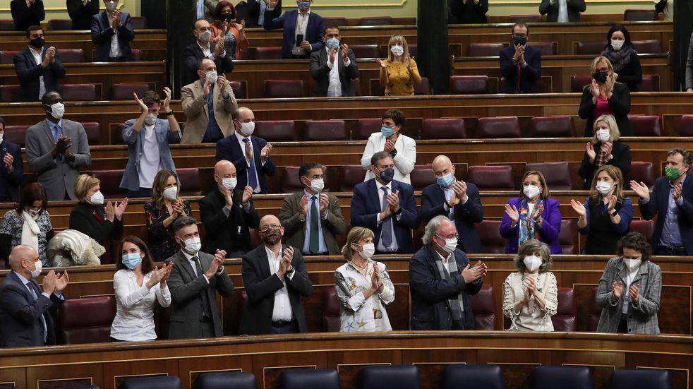Ley de eutanasia en España: la aprobaron en Diputados y de dar el aval en Senadores se aplicaría a partir de 2021