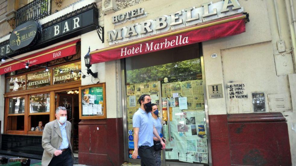 La crisis en el sector hotelero y gastronómico por la pandemia: desde marzo de 2020 cerraron más de 11.800 empresas