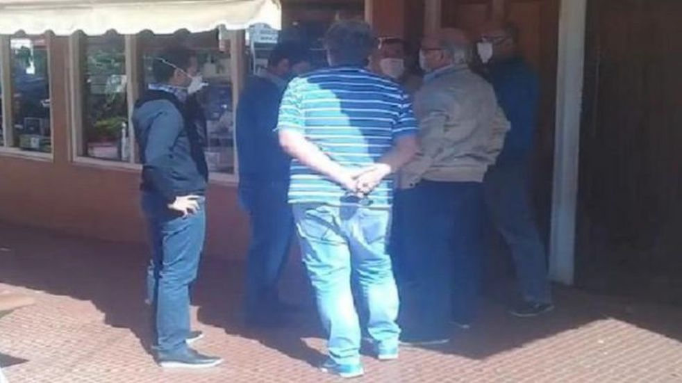 Comerciantes de Eldorado expresaron la necesidad de reabrir sus negocios al intendente