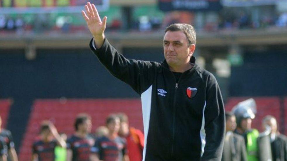 Tras la derrota con Talleres renunció Osella a Colón