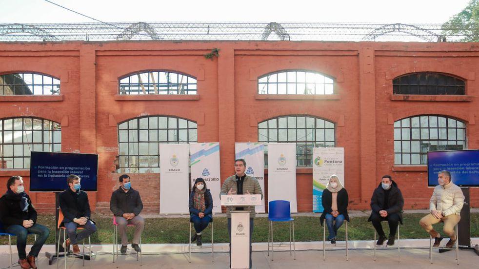 Capitanich lanzó una nueva convocatoria para el Informatorio Chaco en Fontana
